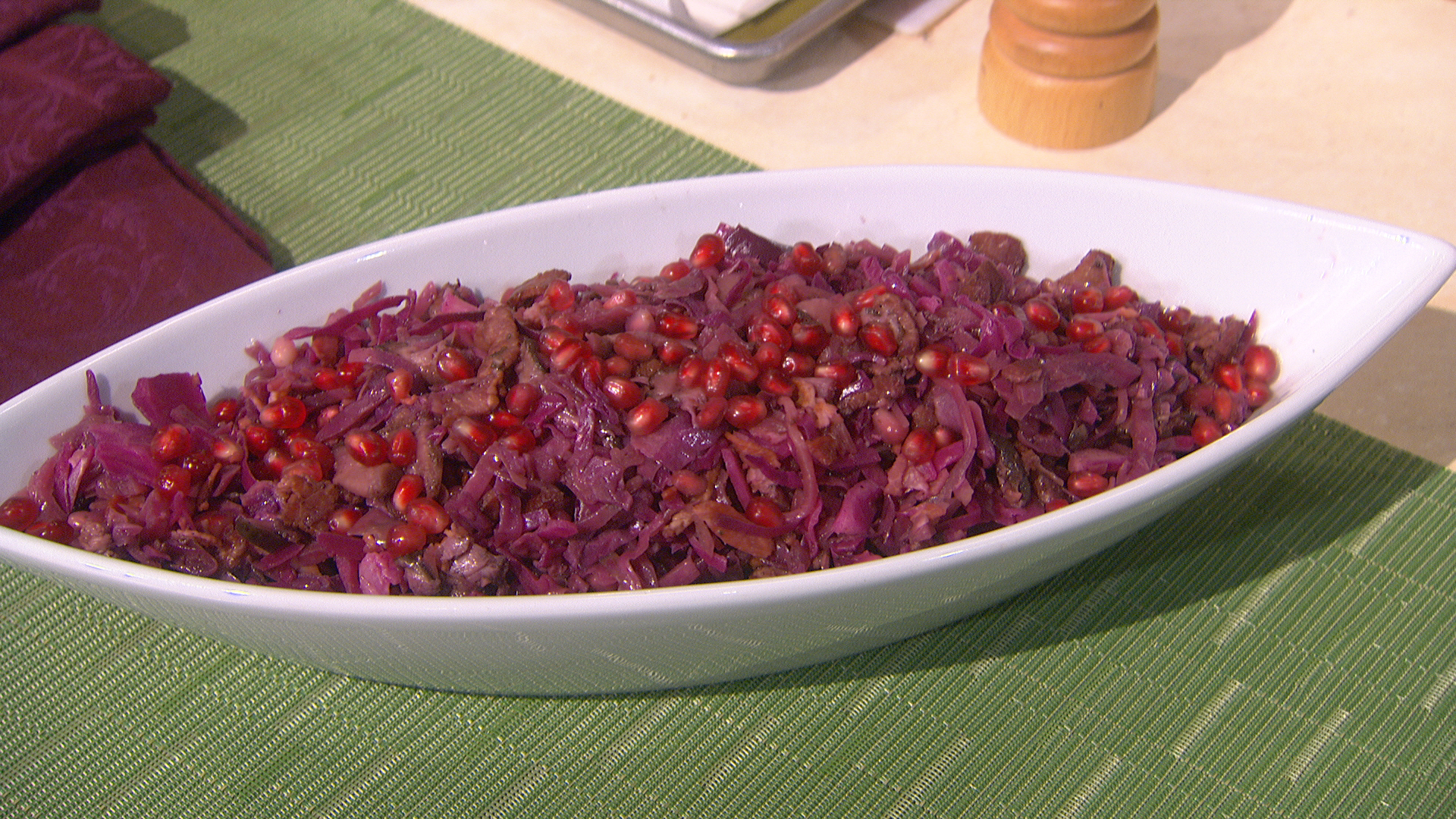 Cooking Braised Red Cabbage With Bacon